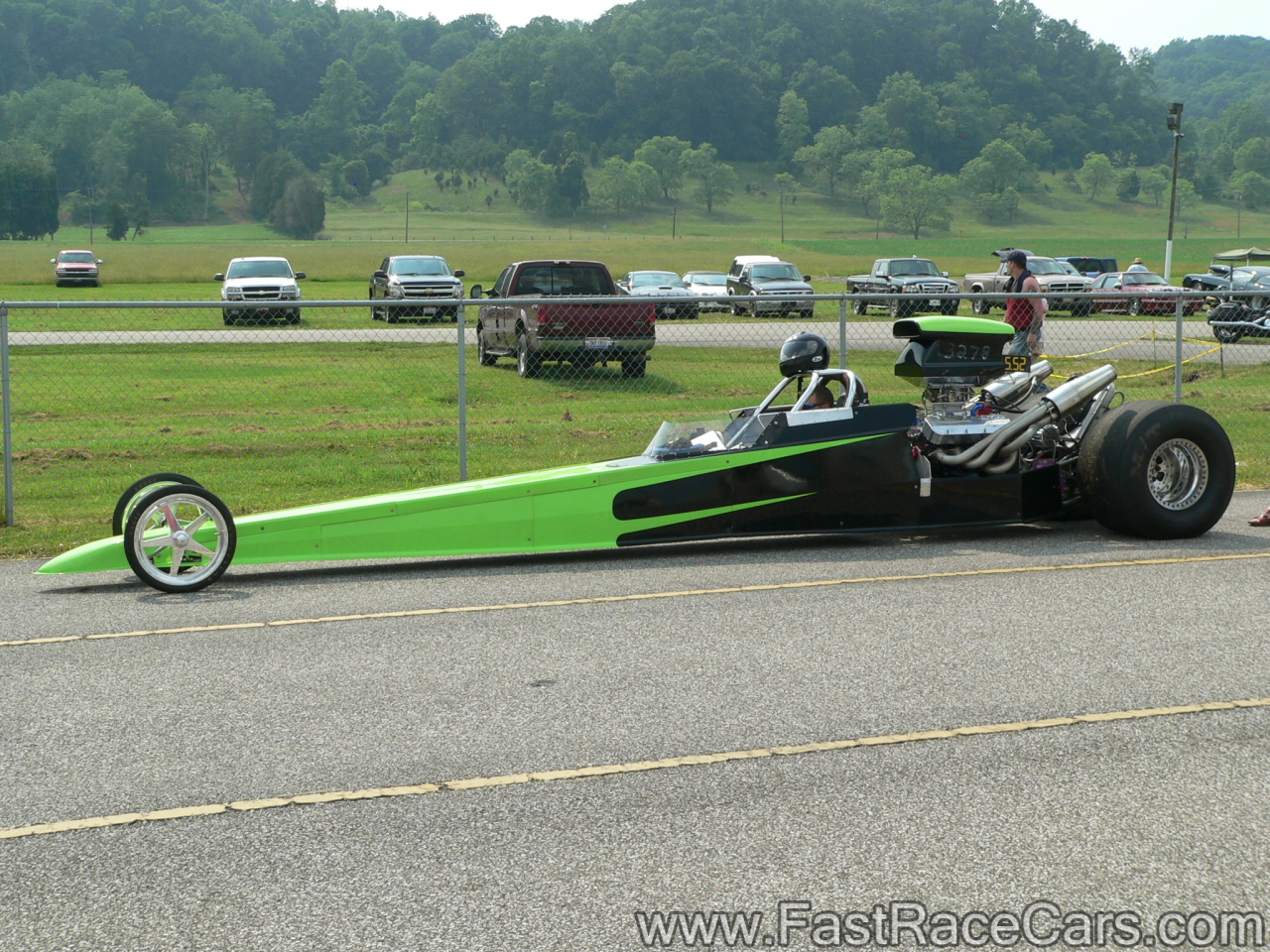 Drag Race Cars > Dragsters > Picture of Green and Black DRAGSTER