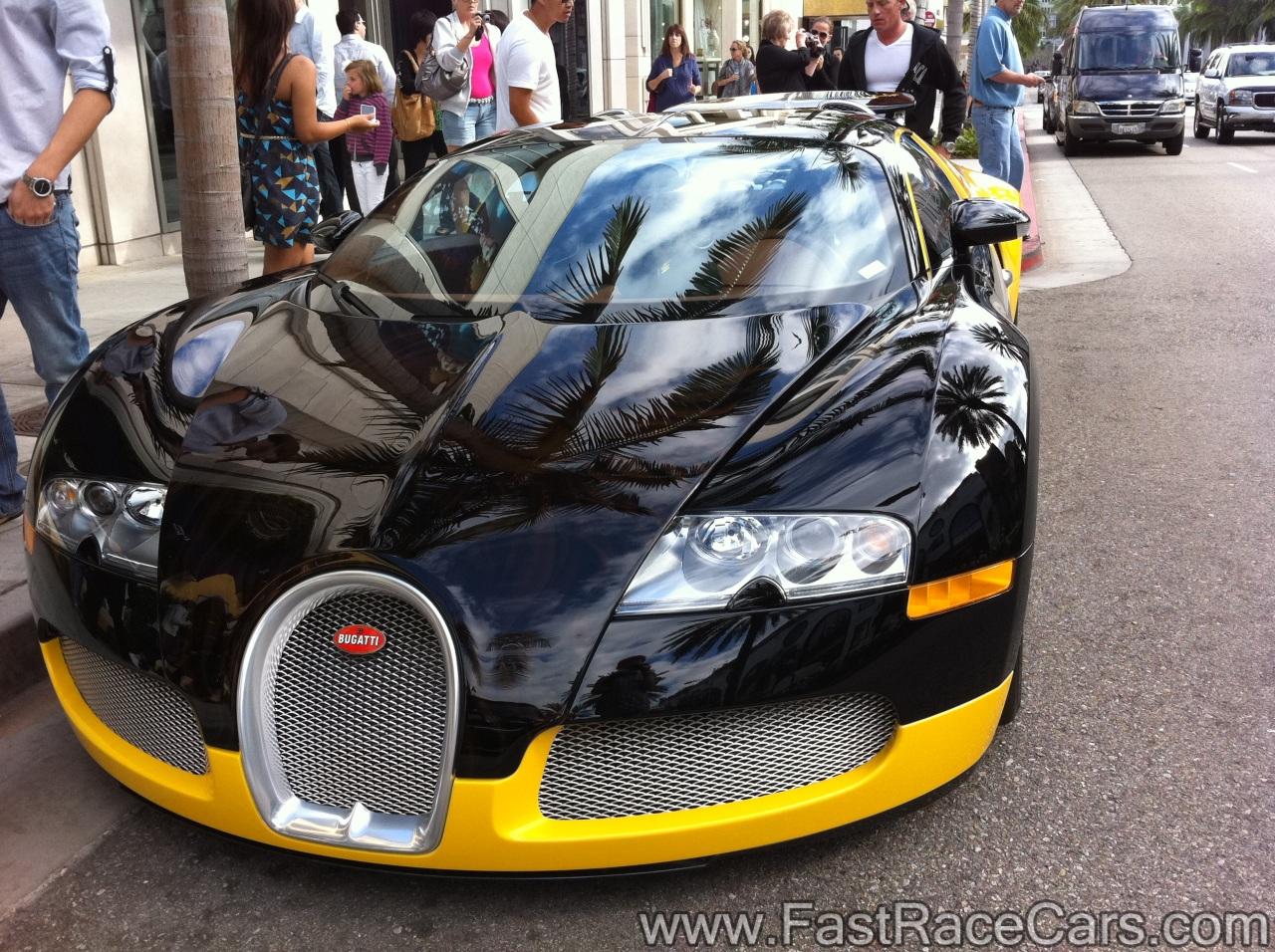 exotic cars bugatti picture of black and yellow bugatti veyron. Black Bedroom Furniture Sets. Home Design Ideas